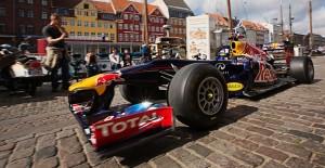 Red Bull racer i Nyhavn